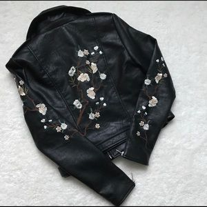 Romeo & Juliet Floral Embroidered Faux Lthr Moto